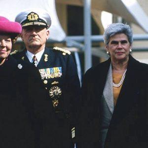 Queen Beatrix-Violeta B.de Chamorro
