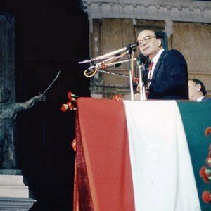 Bettino Craxi, Premier Italy