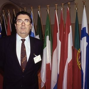 Sir John Hume, Leader S.D. Labour Party Nord Ierland